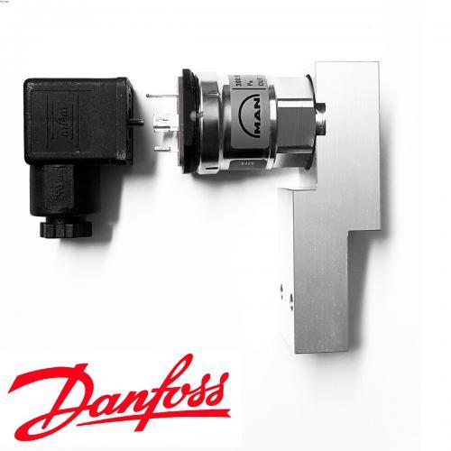 Pressure Transmitter MBS3153 Danfoss Druckübermittler  MAN