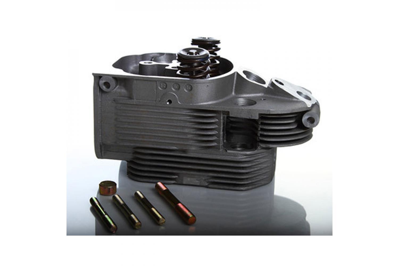 Zylinderkopf DEUTZ Motoren 911 912 913  inkl Kopfdichtungssatz